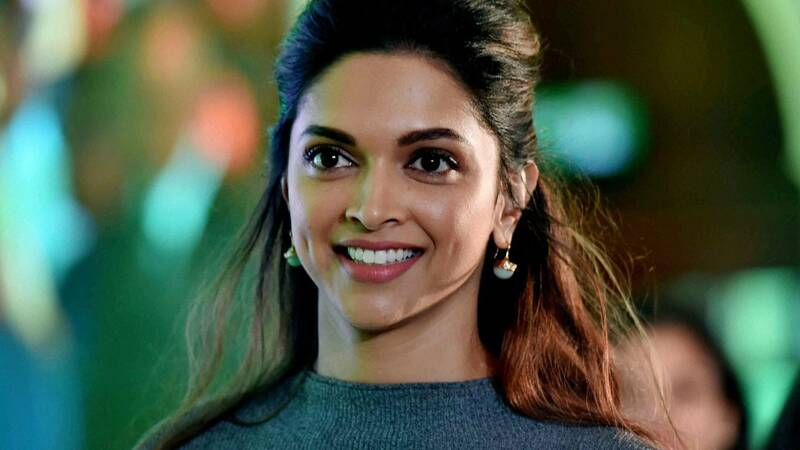 most beautiful actress in bollywood 2021